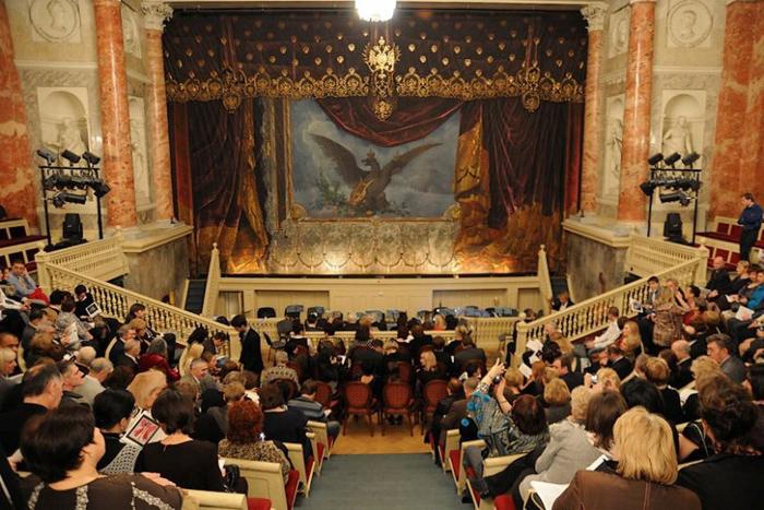 spectateurs au Théâtre de l'Ermitage