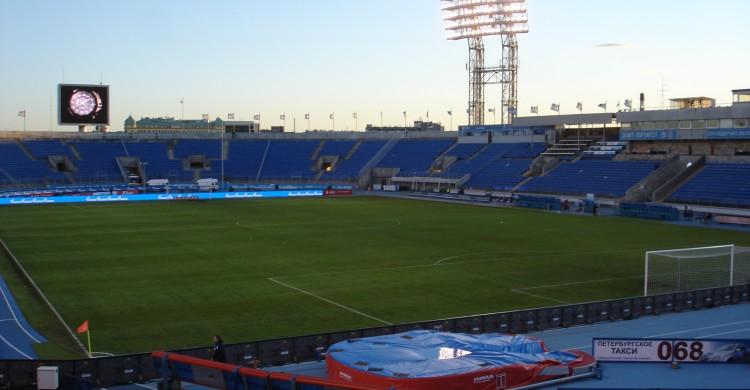 Petrovsky_Stadium